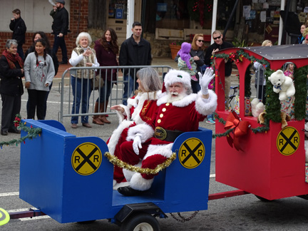 Kennesaw's Santa Parade Winners and more!